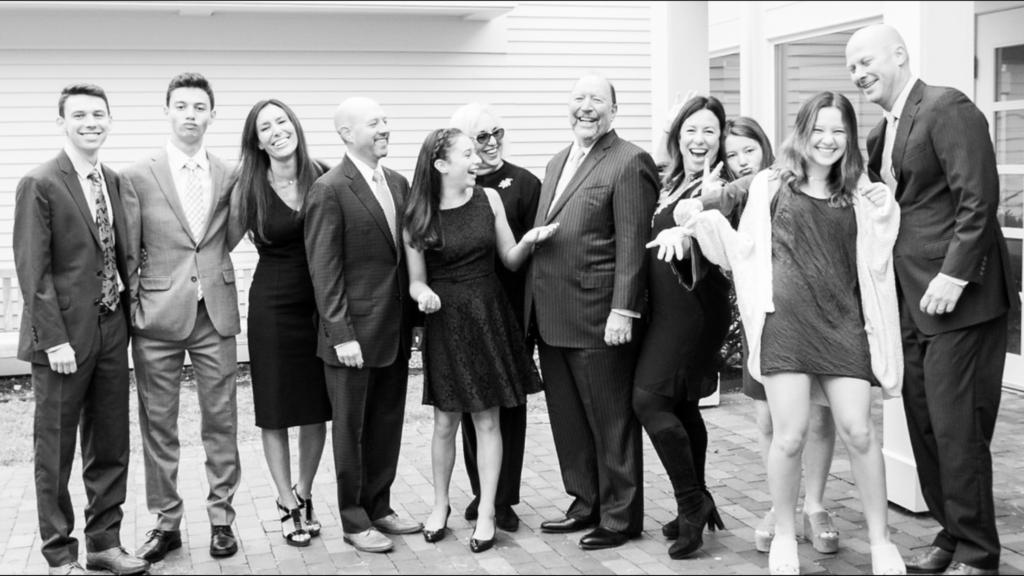 Washington University alumnus Marvin Fried MD and his family