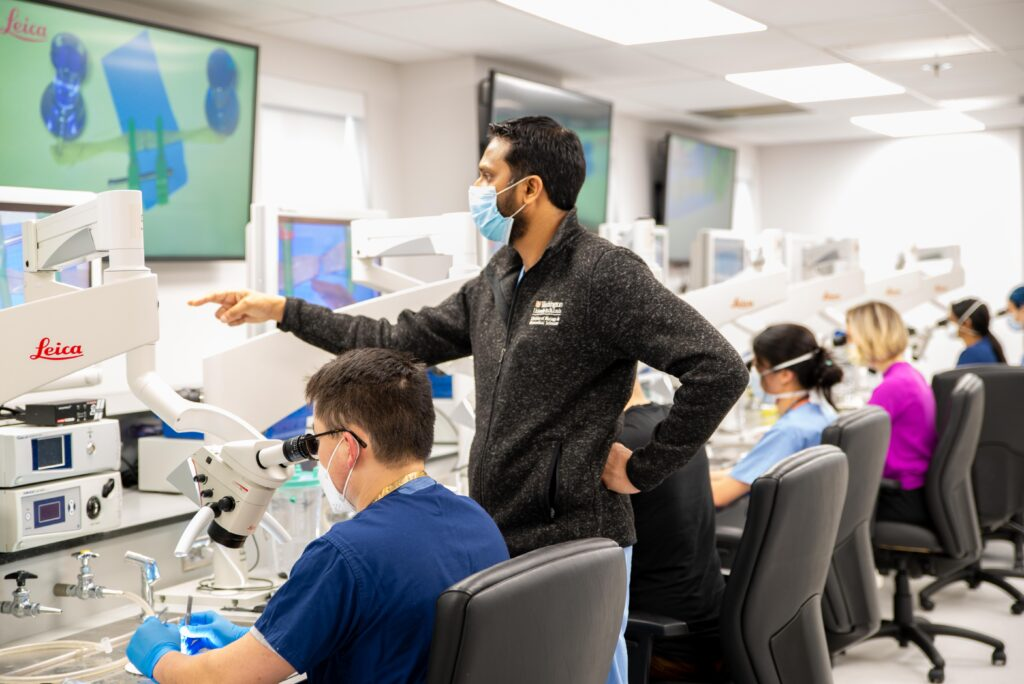 phgoto of residents in the simulation lab