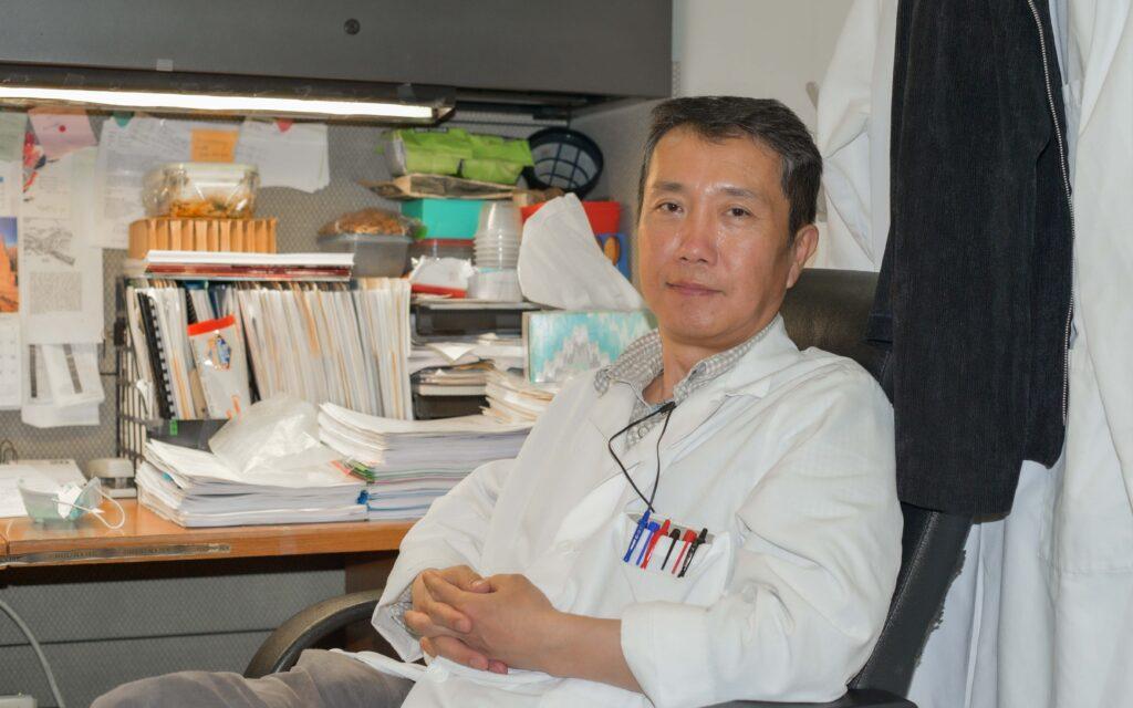 Song-Zhe Li at his desk