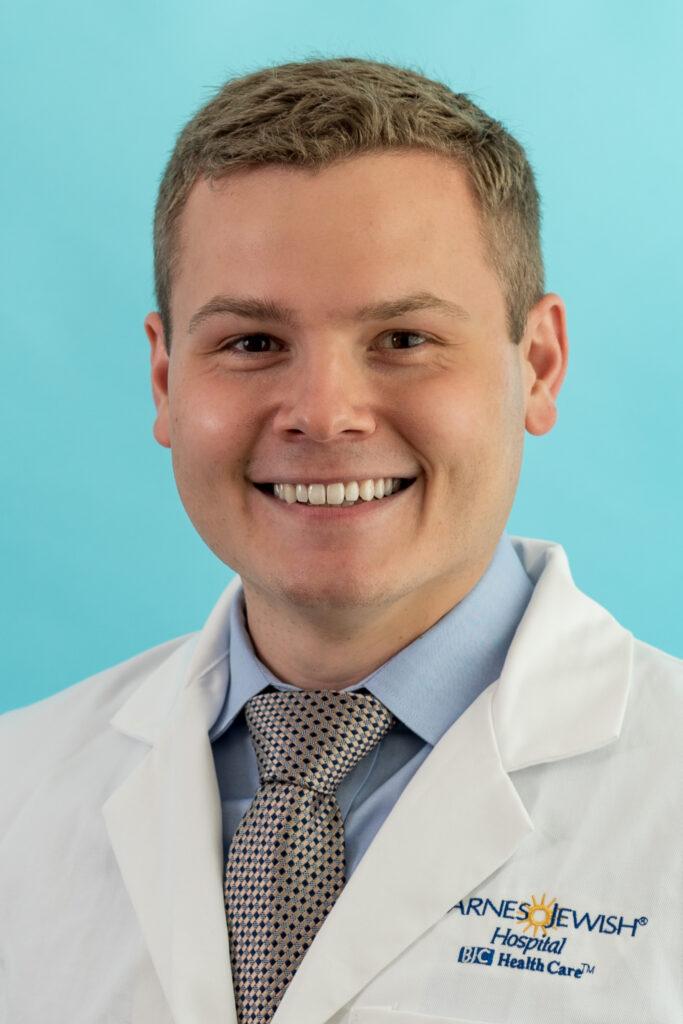 head shot of Daniel Romano, MD